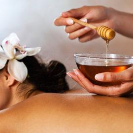 Медовый массаж спины - СПА комплекс - Гранд отель Гагра - отель европейского уровня в Абхазии (Grand Hotel Gagra)