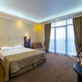 2-х местный 1-но комнатный стандарт с балконом - Гранд отель Гагра - отель европейского уровня в Абхазии (Grand Hotel Gagra)